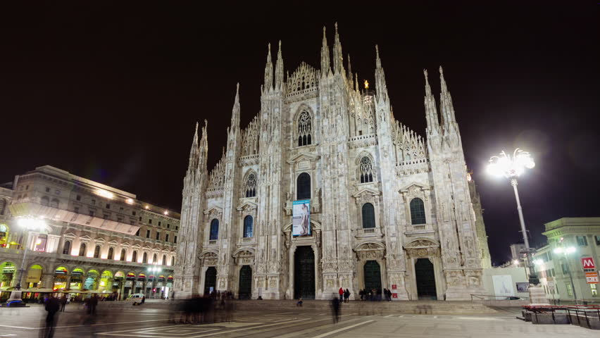 night illumination milan duomo cathedral square 4k time lapse italy