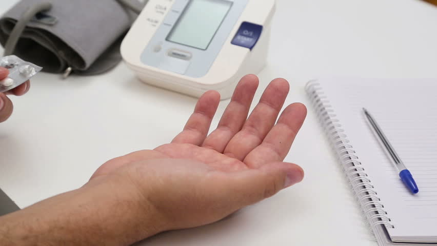 how to take blood pressure at home video