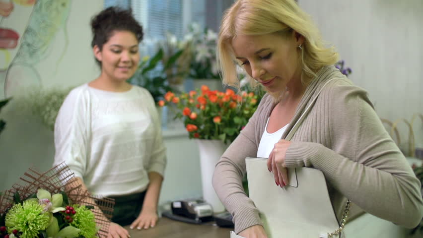 Sending Flowers To Someone In Hospital What You Need Know