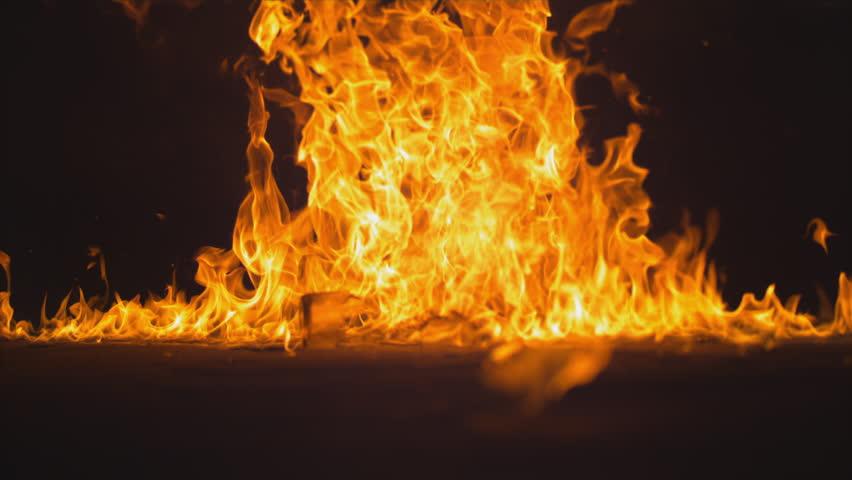 MASSIVE FIREBALL - A Molotov Cocktail exploding in slow motion. 1000 fps phantom 4k flex -