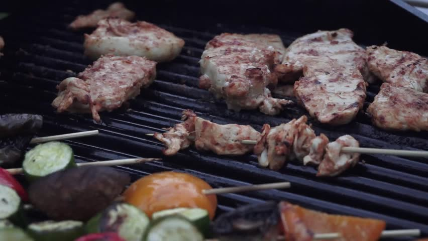 Chicken and vegetables on Barbecue grill