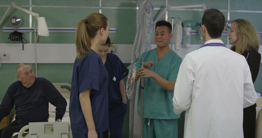 can doctors date nurses