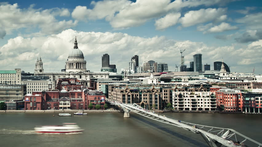 Timelapse of Millennium Bridge and St.Paul's Cathedral with puffy clouds