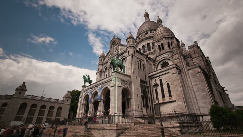 Sacre Coeur church in montmarte Paris timelapse
