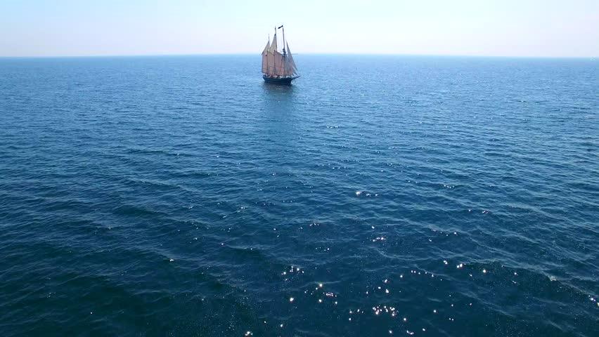 Header of vessel