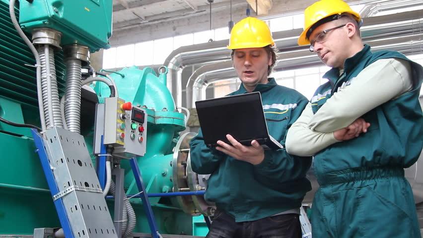 Resultado de imagem para industrial worker