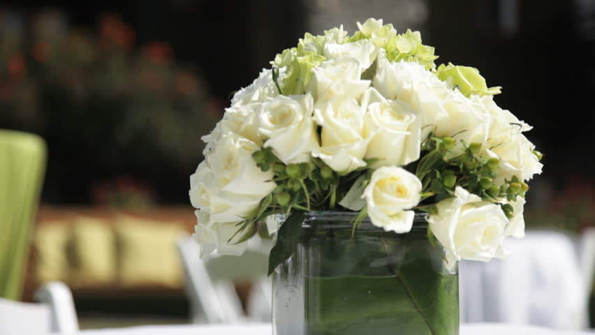 Flower decorations on the wedding tables