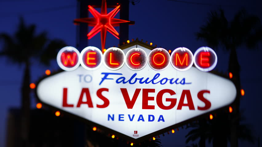 Welcome to Las Vegas sign shot in the evening | Shutterstock HD Video #2585207