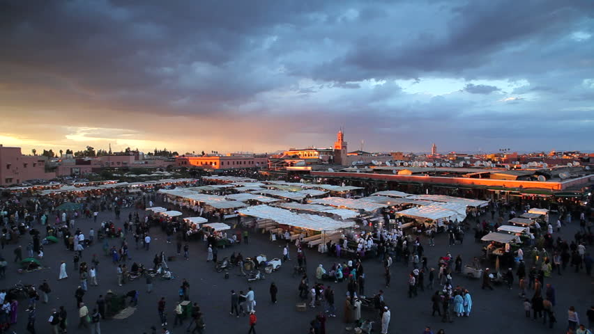 Elevated view over the Djemaa el-Fna, Marrakech, Marrakesh, Morocco, North Africa, at dusk