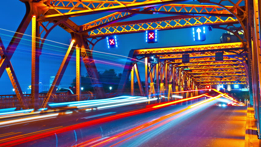 traffic on a bridge in the city
