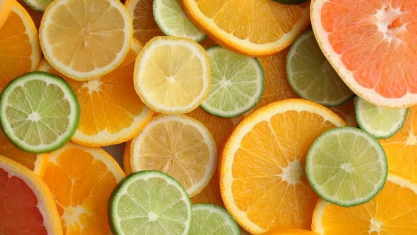 Fresh citrus fruit slices