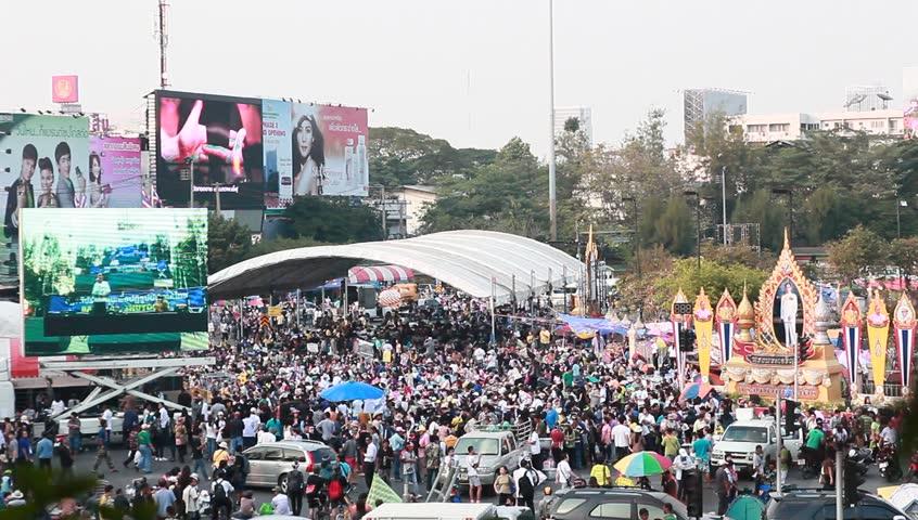 BANGKOK,THAILAND- JANUARY 15 : Thousands of protesters walked for anti government corruption (Prime Minister Yingluck Shinawatra ) at central Bangkok. on January 15, 2014 in Bangkok,Thailand.