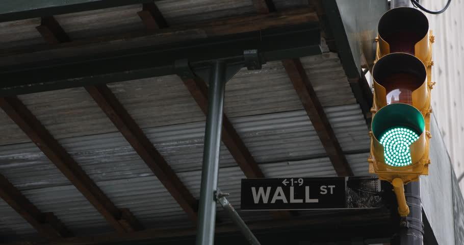 Wall Street Sign, Red Green Light Traffic,  New York City, Downtown, Financial District ( Ultra High Definition, Ultra HD, UHD, 4K, 2160P, 4096x2160 )