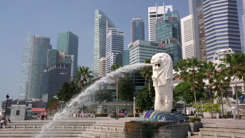 Singapore Dec 30 2013 The Merlion Fountain On Singapore