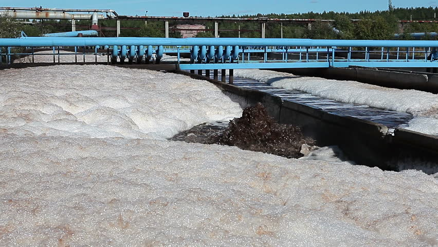 Foam on the effluent surface when cleaning in waste treatment plant
